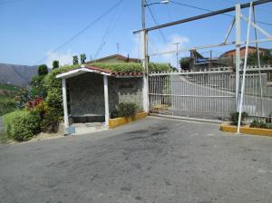 Terreno En Ventaen El Junquito-Vargas, El Tibron, Venezuela, VE RAH: 16-5459