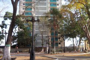 Apartamento En Venta En Barquisimeto, Parroquia Catedral, Venezuela, VE RAH: 16-4171