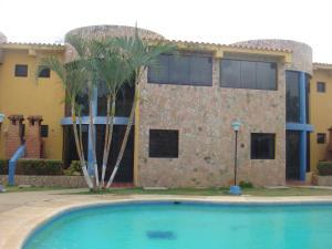 Apartamento En Venta En Chichiriviche, Flamingo, Venezuela, VE RAH: 16-4578