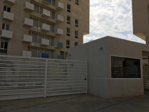 Apartamento En Venta En Maracaibo, Avenida Bella Vista, Venezuela, VE RAH: 16-4227