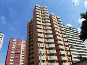 Apartamento En Venta En Valencia, San Jose De Tarbes, Venezuela, VE RAH: 16-4239