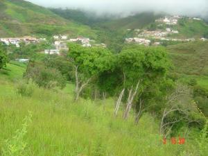 Terreno En Venta En Los Teques, Los Montes Verdes, Venezuela, VE RAH: 16-4245