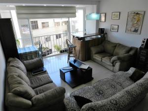 Apartamento En Venta En Caracas - Los Chaguaramos Código FLEX: 16-4260 No.2