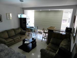Apartamento En Venta En Caracas - Los Chaguaramos Código FLEX: 16-4260 No.7