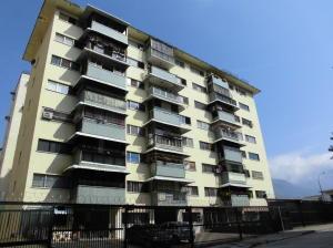 Apartamento En Venta En Caracas, Santa Monica, Venezuela, VE RAH: 16-4461