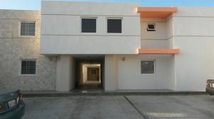 Casa En Venta En Coro, Los Orumos, Venezuela, VE RAH: 16-4311