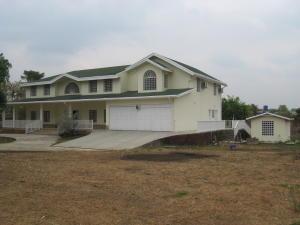 Casa En Venta En Municipio Libertador, Santa Isabel, Venezuela, VE RAH: 16-4316