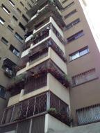 Apartamento En Venta En Caracas, Santa Monica, Venezuela, VE RAH: 16-4290