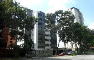 Apartamento En Venta En Valencia, Valles De Camoruco, Venezuela, VE RAH: 16-4320