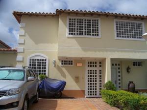 Casa En Venta En Guatire, Villas De Buenaventura, Venezuela, VE RAH: 16-4358