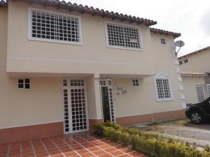 Townhouse En Venta En Guatire, Villas De Buenaventura, Venezuela, VE RAH: 16-4376