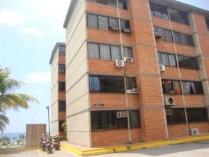 Apartamento En Venta En Parroquia Caraballeda, Camuri Chico, Venezuela, VE RAH: 16-4389