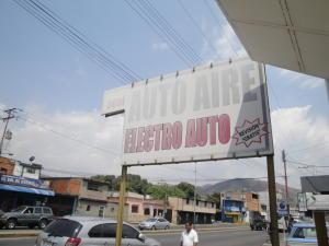 Local Comercial En Venta En Valencia, La Candelaria, Venezuela, VE RAH: 16-4399