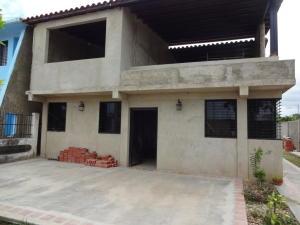 Apartamento En Venta En Rio Chico, San Jose, Venezuela, VE RAH: 16-4420