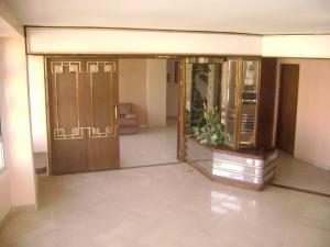 Apartamento En Venta En Maracaibo, La Lago, Venezuela, VE RAH: 16-4467