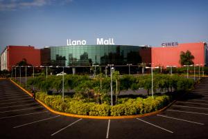 Local Comercial En Alquiler En Acarigua, Centro, Venezuela, VE RAH: 16-4482