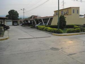 Casa En Venta En Cabudare, Parroquia José Gregorio, Venezuela, VE RAH: 16-4523
