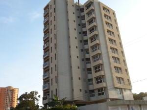 Apartamento En Venta En Maracaibo, Tierra Negra, Venezuela, VE RAH: 16-6486