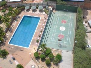 Apartamento En Venta En Maracaibo, 5 De Julio, Venezuela, VE RAH: 16-4557