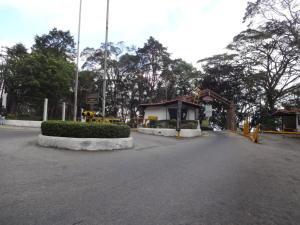 Terreno En Venta En El Junquito-Vargas, El Junko Country Club, Venezuela, VE RAH: 16-4824