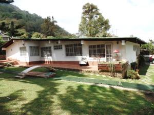 Casa En Venta En Caracas, El Junko, Venezuela, VE RAH: 16-4676