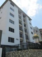 Apartamento En Venta En Caracas, Cumbres De Curumo, Venezuela, VE RAH: 16-4632