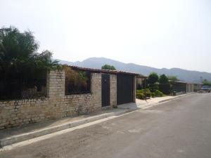 Casa En Venta En Municipio San Diego, La Cumaca, Venezuela, VE RAH: 16-4709