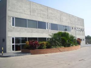 Galpon - Deposito En Venta En Valencia, El Recreo, Venezuela, VE RAH: 16-4713
