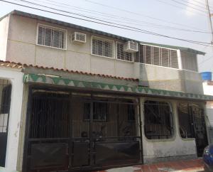 Casa En Venta En Municipio San Diego, Bosqueserino, Venezuela, VE RAH: 16-4721
