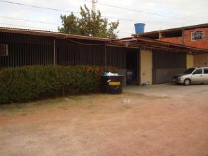 Galpon - Deposito En Venta En Ciudad Ojeda, La 'l', Venezuela, VE RAH: 16-4752