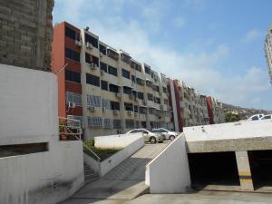 Apartamento En Venta En Parroquia Maiquetia, Pariata, Venezuela, VE RAH: 16-4986
