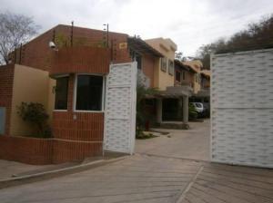 Townhouse En Venta En Municipio Naguanagua, Maã±Ongo, Venezuela, VE RAH: 16-4822