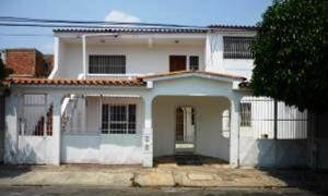 Casa En Venta En Municipio San Diego, Yuma, Venezuela, VE RAH: 16-4898