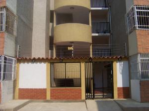 Apartamento En Venta En Punto Fijo, Las Virtudes, Venezuela, VE RAH: 16-4825