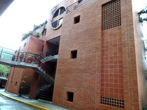Townhouse En Venta En Caracas, La Boyera, Venezuela, VE RAH: 16-4827