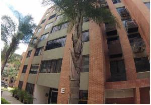 Apartamento En Ventaen Caracas, Los Naranjos Humboldt, Venezuela, VE RAH: 16-4830