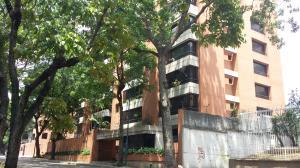 Apartamento En Venta En Caracas, La Campiña, Venezuela, VE RAH: 16-4859
