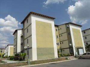 Apartamento En Venta En Municipio San Diego, Monteserino, Venezuela, VE RAH: 16-4903