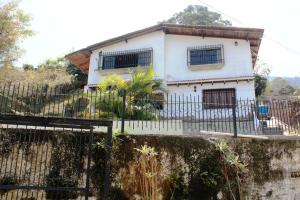 Casa En Venta En Caracas, El Junko, Venezuela, VE RAH: 16-4924