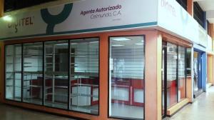Local Comercial En Venta En Valencia, San Blas, Venezuela, VE RAH: 16-4939