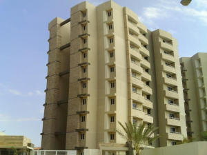 Apartamento En Ventaen Maracaibo, Avenida Milagro Norte, Venezuela, VE RAH: 16-4970