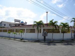 Casa En Venta En Tacarigua, Tacarigua, Venezuela, VE RAH: 16-5003