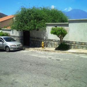 Casa En Venta En Caracas, Prados Del Este, Venezuela, VE RAH: 16-5029