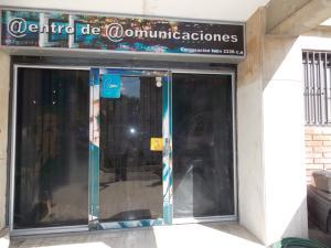 Local Comercial En Venta En Caracas, El Llanito, Venezuela, VE RAH: 16-5141