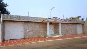 Casa En Venta En Maracaibo, Los Olivos, Venezuela, VE RAH: 16-5122