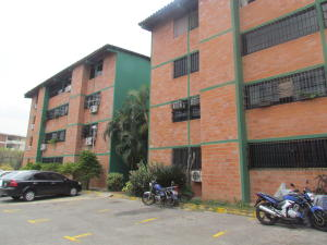 Apartamento En Venta En Municipio San Diego, Yuma, Venezuela, VE RAH: 16-5139