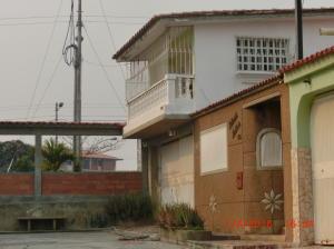 Casa En Venta En Charallave, Mata Linda, Venezuela, VE RAH: 16-7437