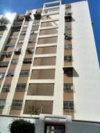 Apartamento En Venta En Caracas, Montalban Iii, Venezuela, VE RAH: 16-5317