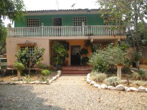 Casa En Venta En Cabudare, Parroquia Agua Viva, Venezuela, VE RAH: 16-5209
