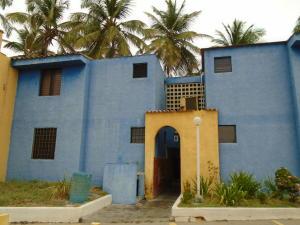 Apartamento En Venta En Boca De Aroa, Boca De Aroa, Venezuela, VE RAH: 16-5426